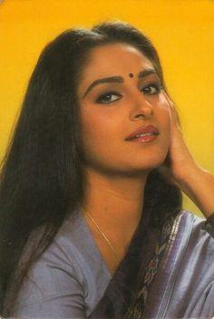 Jaya Prada Bollywood Heroine, Beautiful Bollywood Actress, Most Beautiful Indian Actress, Beautiful Actresses, Vintage Bollywood, Indian Bollywood, Bollywood Stars, Indiana, Glam Photoshoot