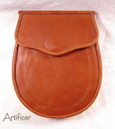 "Cowhide ""Envelope"" Flap Day Sporran."