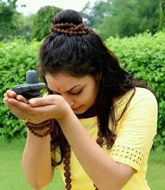 Cute Girl Pic, Cute Girl Poses, Girl Photo Poses, Cool Girl Pictures, Girl Photos, Aghori Shiva, Punjabi Wedding Couple, Lord Shiva Statue, Mahakal Shiva