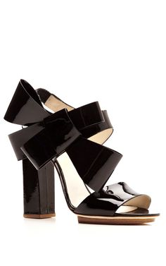 Patent-Leather Bow-Detail Sandals by DELPOZO - Moda Operandi - DELPOZO! You get me everytime. Gaah.
