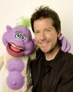 Tonight on Comedy Central, Jeff Dunham' s new special is on tonight!!! :)