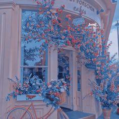 картинка найдено пользователем 𝐷𝑎𝑛𝑖♡︎.. Находите (и сохраняйте!) свои собственные изображения и видео в We Heart It Light Blue Aesthetic, Blue Aesthetic Pastel, Aesthetic Colors, Aesthetic Pastel Wallpaper, Flower Aesthetic, Aesthetic Images, Aesthetic Collage, Aesthetic Backgrounds, Aesthetic Anime