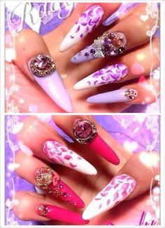 Rady floral flower petal pastel pink lilac japanese nail art gyaru by @minamelo1224 (IG)