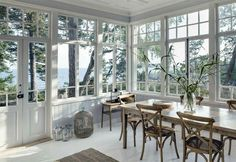 Porches, Swedish Interiors, Corner Furniture, Craftsman Interior, House With Porch, Green Rooms, Home Pictures, Home Look, Home Living Room