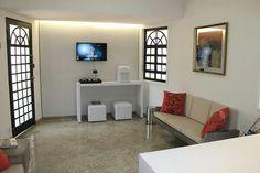 Recepção clínica de estética. Projeto Studio Designare em Araçatuba / SP