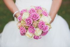 pink and white roses, classic,  you can see more of this wedding here www.Celebrations-of-your-life.de/blog