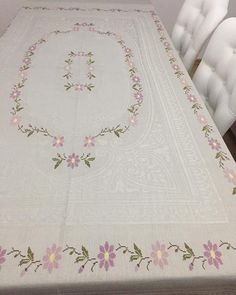 Crochet Tablecloth, Table Covers, Bargello, Embroidery Patterns, Cross Stitch, Quilts, Blanket, Sewing, Tablecloths