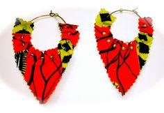 Créoles Kyambi !!! perles wax rouge jaune noir : Boucles d'oreille par talala-mina