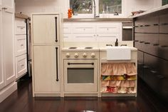Kate's Play Kitchen | Do It Yourself Home Projects from Ana White
