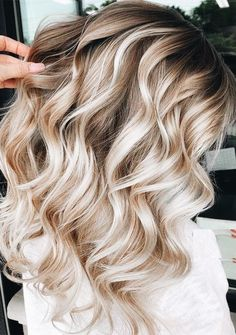 Fantastic Balayage Highlights with Dark Roots for 2019 - Suz. Fantastic Balayage Highlights with Dark Roots for 2019 - Suzy's Fashion Chocolate Brown Hair Color, Chocolate Hair, Ombre Hair Color, Hair Color Balayage, Balayage Hairstyle, Purple Ombre, Hair Colors, Blonde Balayage Highlights, Hair Color Highlights