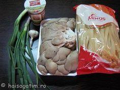 Paste cu ciuperci in sos de smantana - Hai să gătim cu Amalia Paste, Stuffed Mushrooms, Vegetables, Food, Stuff Mushrooms, Essen, Vegetable Recipes, Meals, Yemek