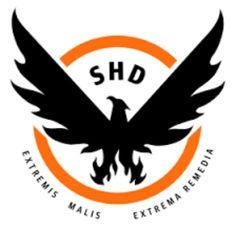 Op deze afbeelding is een oranje cirkel te zien met daarin het silhouet van een adelaar. Deze adelaar is zwart en boven hem staat in hoofdletters: SHD. onder de cirkel staat: EXTREMIS MALIS EXTREMA REMEDIA.