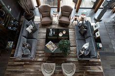 Todo el mobiliario en la sala de estar es creación de la firma Covilha. | Galería de fotos 2 de 18 | AD MX