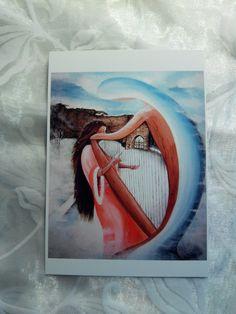 """Carte postale ,reproduction d'une toile intitulée"""" Musicienne mystique""""."""