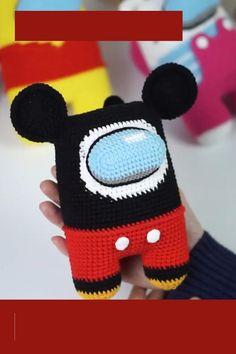 Kawaii Crochet, Crochet Disney, Cute Crochet, Crochet Crafts, Crochet Dolls, Minion Crochet Patterns, Amigurumi Patterns, Crochet Barbie Clothes, Baby Mickey