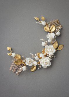 SPIRIT floral bridal headpiece 4 Romantic Updo, Romantic Hairstyles, Up Hairstyles, Headpiece Wedding, Wedding Veils, Bridal Headpieces, Bridal Bun, Bridal Hair, Clay Flowers