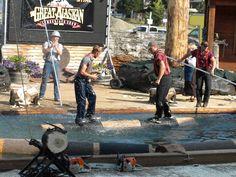 Log-rolling at lumberjack show