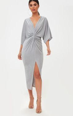 Ice Grey Slinky Twist Front Kimono Sleeve Midi DressWe are loving this slinky ice grey material, . Head online and shop this season's range of kimonos at PrettyLittleThing. Express delivery & student discount available.Pretty Little Thing Grey Kimono Apron Dress, Kimono Dress, Look Fashion, Fashion Outfits, Fashion Clothes, Fashion Women, Front Knot Dress, Midi Dress With Sleeves, Kimono Fashion