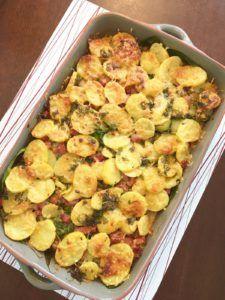 Cake Recept, Potato Snacks, Tasty, Yummy Food, No Cook Meals, Potato Salad, Cauliflower, Easy Meals, Vegetarian