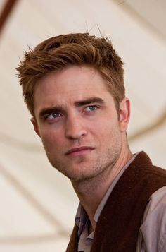 Rob as Jacob Jankowski in Water for Elephants