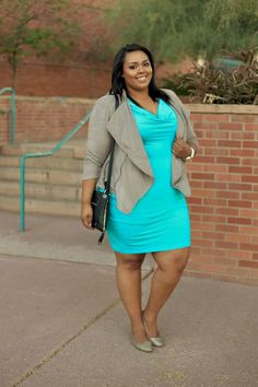 Plus Size Fashion - Nicole from Curves On A Budget