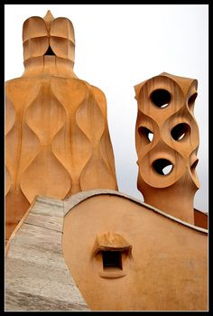 Casa Milà (La Pedrera), Barcelona - constructed by the architect Antoni Gaudi… Architecture Antique, Barcelona Architecture, Facade Architecture, Amazing Architecture, Art Nouveau Arquitectura, Antonio Gaudi, La Pedrera, Wrought Iron Decor, Modernisme
