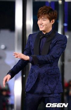 Lee Min Ho | SBS Drama Awards 2013 Red Carpet 12.31.13