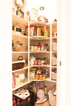 Lazy Susan in corner A disorganized pantry is a kitchen nightmare. Turn your cluttered kitchen pantry (or kitchen cabinets) into a storage dream with these great pantry organizers. Corner Pantry Organization, Pantry Storage, Kitchen Storage, Organization Ideas, Storage Organizers, Pantry Ideas, Shoe Storage, Kitchen Ideas, Diy Kitchen