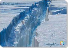 Один из крупнейших ледников Антарктиды, чья площадь составляет 55 тыс. кв. км, скоро может разрушиться. Британские ученые подробно расписали, как такое может произойти и к чему это приведет. В 1893 ...