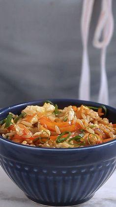 Que tal fazer essa receita apimentada e perfumada de Arroz Thai?