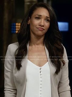 Iris's white button front top on The Flash O Flash, Fashion Tv, Autumn Fashion, Iris West Allen, Afro, Candice Patton, Supergirl And Flash, Professional Look, Beauty