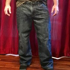 Lucky Brand '361 Vintage Straight' *mens* jeans Luck Brand '361 Vintage Straight' *mens* jeans. Sz: 40 x 32. Worn only a handful of times. My husband lost 30 lbs recently and is selling his larger sz jeans. ***Excellent condition*** Lucky Brand Jeans Straight Leg