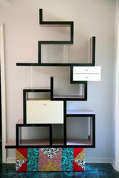 Discover the Memphis Design Style, one of the most instantly recognisable furniture design styles ever. Modern Bookshelf, Cool Bookshelves, Bookshelf Design, Modern Shelving, Bookshelf Decorating, Rustic Bookshelf, Bookshelf Plans, Bookshelf Ideas, Contemporary Shelving