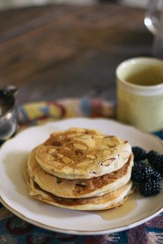 Almond Pancakes<3 perfect for Almond Milk drinkers