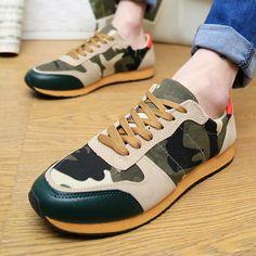 รองเท้าผ้าใบลายทหาร