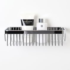 High-quality luxury bar basket, ideal for keeping your bottles neat and tidy!  Finished in Chrome.