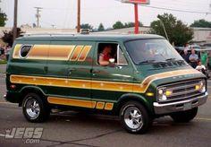 Dodge Van Seen At the Mopar Nationals. Station Wagon, Old Dodge Trucks, Dodge Van, Old School Vans, Vanz, Day Van, Cool Vans, Van Interior, Vintage Vans