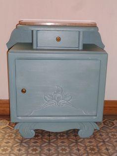 Table de chevet vintage bleu