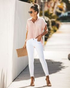 55 best business casual outfit ideas for women 35 ~ Litledress Best Business Casual Outfits, Stylish Summer Outfits, Casual Work Outfits, Mode Outfits, Work Casual, Jean Outfits, Spring Outfits, Office Outfits, Summer Work Fashion
