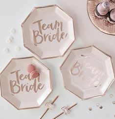 Serve your tastiest treats on our Rose Gold Team Bride Plates for your bachelorette party! Every bite will be festive with these gorgeous plates! Team Bride, Rose Gold Paper, Rose Gold Foil, Pink Bachelorette Party, Bachelorette Weekend, Rose Gold Table, Bride To Be Sash, Wedding Confetti, Table Confetti