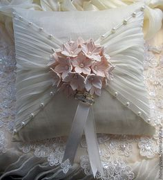 Wedding pillow,