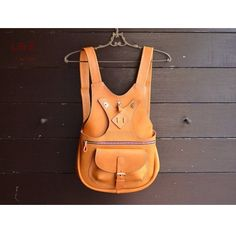How awesome is this?! Now you can make your own original design of double belt backpack. Pattern available on www.ananasa.com, more styles to see as well!