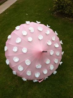 Flower Pot Umbrella by Love Umbrellas Edwardian Style, Edwardian Fashion, Fashion Bazaar, Cherbourg, Brollies, Umbrellas Parasols, Walking Canes, Dancing In The Rain, Rain Drops