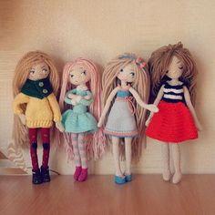Фотографии Made by Mint Bunny Crochet Doll Clothes, Knitted Dolls, Crochet Dolls, Crochet Yarn, Amigurumi Doll, Amigurumi Patterns, Crochet Patterns, Crochet Bunny, Crochet For Kids