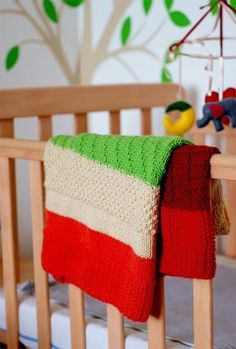This adorable knit baby blanket pattern is a great project for expecting mothers. Not only is the Seven Stitch Baby Blanket a an easy TV knitting project, it's also conducive for reflection and mental preparation for the arrival of a little one.