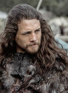 Earl Kalf portrayed by Ben Robson in Vikings Season 3 .................................