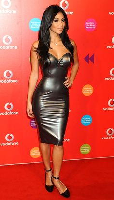 Nicole Scherzinger in a metallic Rubber Latex dress ! Sexy Outfits, Sexy Dresses, Nicole Scherzinger, Sexy Latex, Mode Latex, Looks Pinterest, Hobble Skirt, Latex Dress, Latex Girls