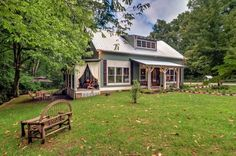 VRBO.com #480485 - Historic Creekside Cottage  1859  Leiper Fork and Franklin Tn! No Other Like it!