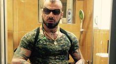 Foto #Vali #Corleone #kërcënohet nga #ISIS My Idol, Wayfarer, Pilot, Ray Bans, Mens Sunglasses, Style, Fashion, Swag, Moda