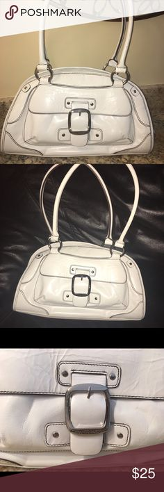 """Franco Sarto leather satchel handbag Franco Sarto white leather satchel handbag-13"""" length; 8"""" height.  No marks or scratches. In almost perfect condition. Bags Satchels"""